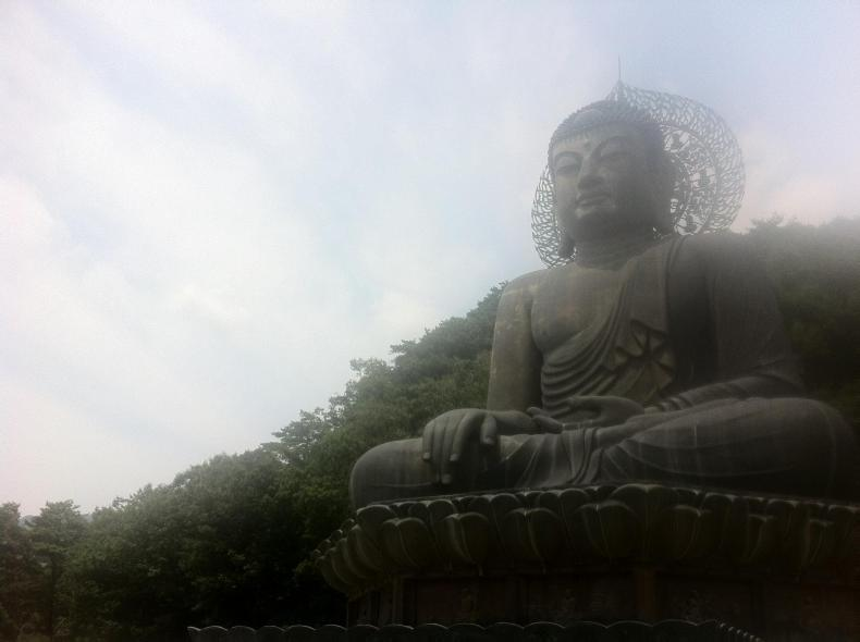 Buddha at Seoraksan Mountain